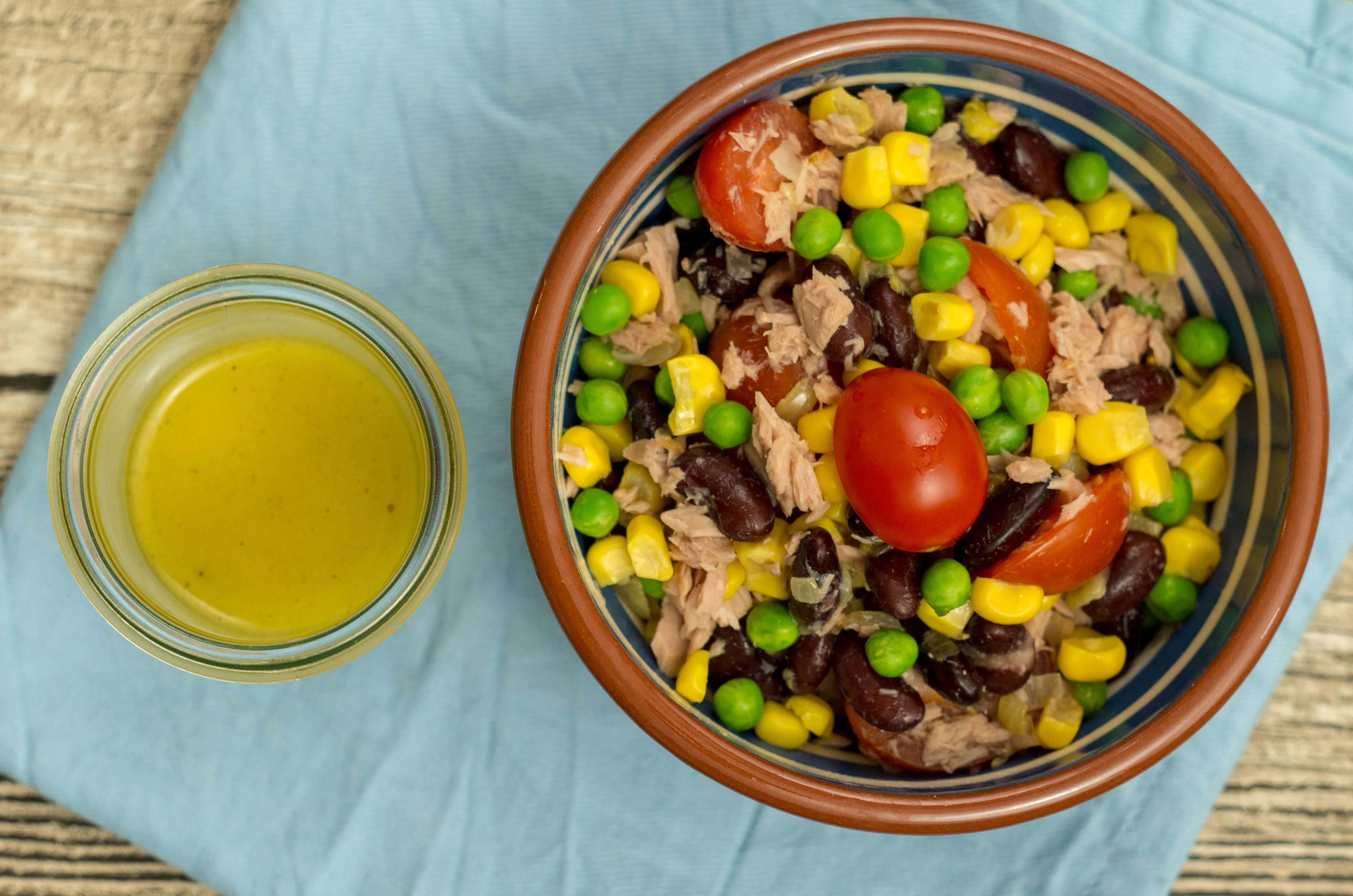 Ein leckerer Thunfischsalat als Mittagessen, Abendessen oder Beilage geeignet. #laktosefrei #glutenarm | chilibluetendotcom