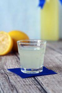 Limoncello #laktosefrei #Zitronen #Rezept | chilibluetendotcom