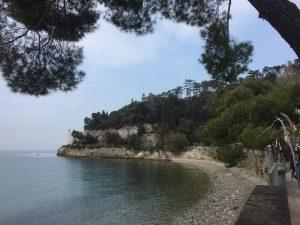 Castello di Miramare bei Triest #Italien   chilibluetendotcom